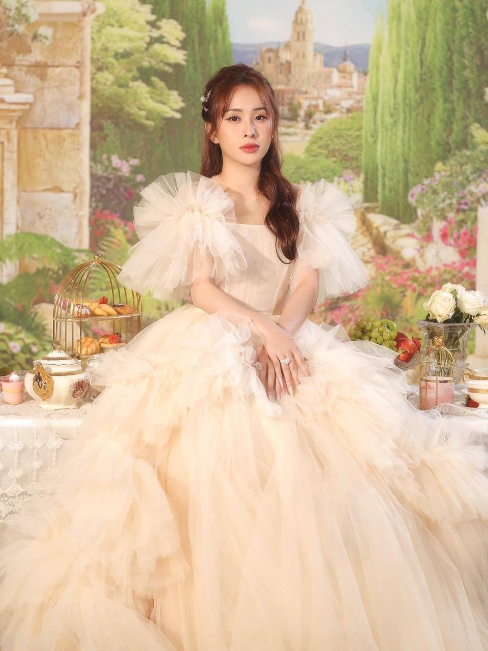 Đầm maxi thiết kế nữ tính cao cấp